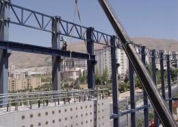 نصب سازه فولادی سالن اصلی آزمایشگاه پیشرفته مهندسی زلزله